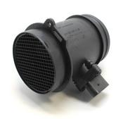 Audi Mass Air Flow Sensor - Bosch 077133471J
